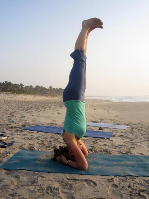 Feetup Headstand Workshop Universal Yoga